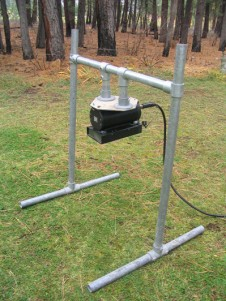 DIDSON mounted on a submergible stand